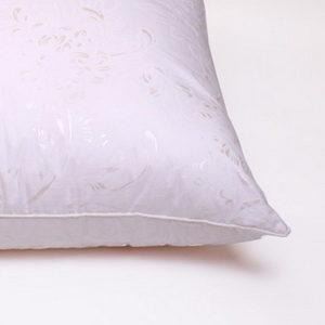 Подушки, одеяла, постельное белье